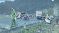 Tai nạn thảm khốc ở Lạng Sơn khiến 5 người thương vong