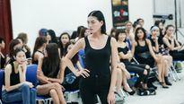 Vietnam International Fashion Week Thu Đông 2016 tuyển người mẫu