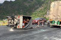 Lạng Sơn: Tai nạn liên hoàn do đường trơn trượt, 5 người thương vong