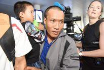 3 thuyền viên bị cướp biển Somalia bắt cóc trở về, vỡ òa trong niềm vui sướng