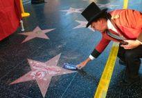 Ngôi sao của tỷ phú Donald Trump trên Đại lộ Danh vọng bị đập vỡ