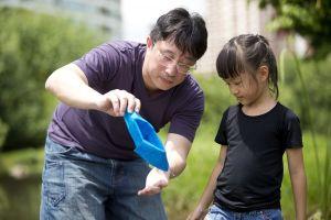 Sửng sốt với ba câu chuyện hết mình vì con của ông bố Nhật