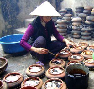 Công phu món cá kho tộ Hòa Hậu trong mâm cỗ ngày Tết
