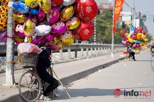 Ngày cuối năm rực nắng ở Hà Nội