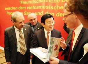Lần đầu tiên tháp tùng Chủ tịch nước đến CHLB Đức: Những bất ngờ thú vị