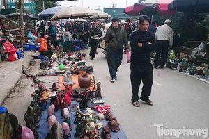 Nhộn nhịp chợ đồ cũ cuối năm ở Thủ đô