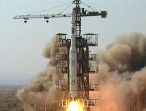 Triều Tiên chính thức phóng tên lửa tầm xa, Liên Hợp Quốc họp khẩn