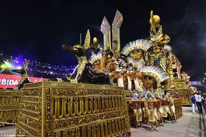 Mãn nhãn với lễ hội carnaval của Brazil bất chấp sự hoành hành của virus Zika