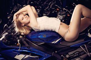 """Người đẹp cưỡng bức """"ngựa hoang"""" sportbike Yamaha R6"""