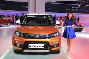 Suzuki chính thức ra mắt crossover giá rẻ Vitara Brezza