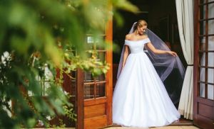 Loạt ảnh đẹp long lanh trong đám cưới của Hoa hậu Thế giới 2014