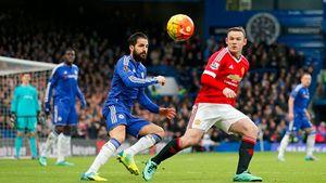 Costa lóe sáng, Chelsea hòa may mắn M.U phút bù giờ
