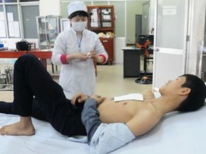 Tai nạn pháo hoa đêm Giao thừa, 5 người nhập viện