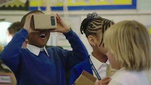Google thách thức Samsung với tai nghe VR mới