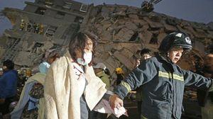 Động đất Đài Loan: Tòa nhà đổ sập khiến mẹ mất con 10 ngày tuổi khi đang cho con bú