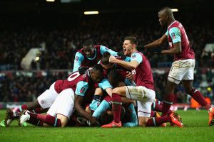 Góc thống kê: Lịch sử gọi tên West Ham