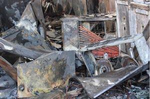 Cả gia đình đi chơi Tết, nhà cháy thiệt hại hàng tỷ đồng Trong lúc cả gia đình đóng cửa đi vắng thì bất ngờ xảy ra vụ cháy.