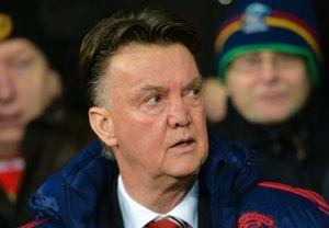 Van Gaal nói gì về tin Mourinho đến Man United?