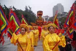 Hàng nghìn người dân dự lễ hội gò Đống Đa 2016