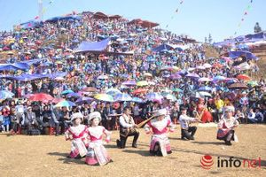 Lên Pha Long vui hội Gầu Tào của người Mông