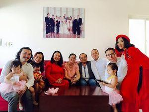 Sao Việt khoe đại gia đình đông đúc dịp đầu năm