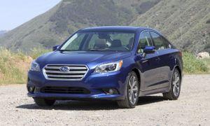 Sedan hạng trung Chevrolet Malibu hay Subaru Legacy hút khách hơn?