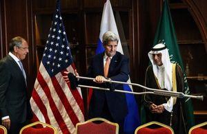 'Nếu Assad không ra đi, Saudi Arabia sẽ dùng vũ lực'
