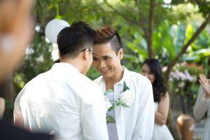 Hotboy Lê Việt bất ngờ làm đám cưới với bạn trai