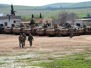 Thổ không kích quân đội Syria, cảnh báo leo thang quân sự trong 24h tới