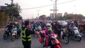 Hà Nội: Một ô tô khách chở quá 3 người bị phạt 1,2 triệu đồng