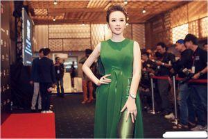 Phát hoảng giá set đồ hiệu mới nhất của Angela Phương Trinh