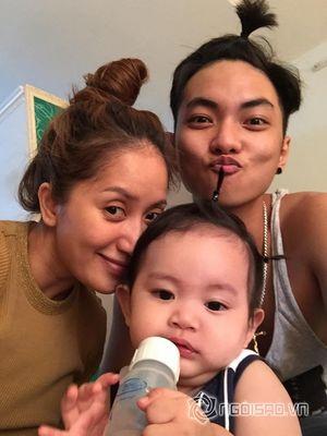 Gia đình Khánh Thi và Phan Hiển 'nhí nhố' với kiểu tóc mới