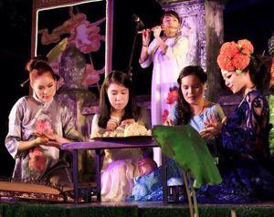 Hà Linh: Tôi không bị ném chai vì mặc hở khi hát Trịnh!
