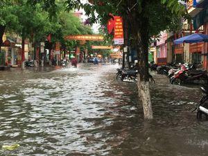 Thành phố Phủ Lý lại chìm trong biển nước