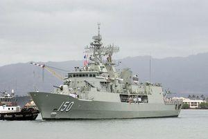 Uy lực tàu khu trục tên lửa Úc đang thăm TP.HCM