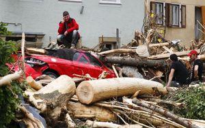 Tan hoang sau lũ lụt tại Đức