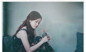 Hot girl Trà Vinh xinh đẹp, ảo diệu trong bộ ảnh màu film