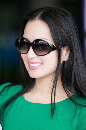 Em gái tỷ phú của Cẩm Ly đi máy bay riêng về Việt Nam