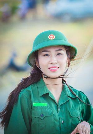 Hoa hậu Việt Nam 2016: Trác Thúy Miêu nhắc nhở thí sinh rơi nước mắt đúng chỗ