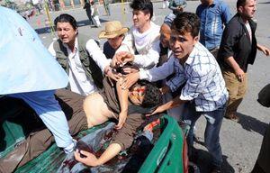 Đánh bom đẫm máu tại Afghanistan, gần 300 người thương vong