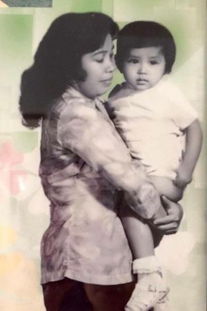 Trào nước mắt với kỷ niệm của Việt Trinh về mẹ