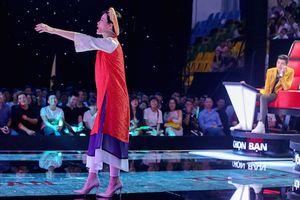 Giọng hát Việt nhí 2016 mở màn: Noo Phước Thịnh dùng chiêu, Đông Nhi đòi xỉu ngay trên sân khấu