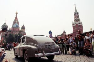 Ngày hội cho người chơi ôtô cổ ở trung tâm thủ đô Moskva