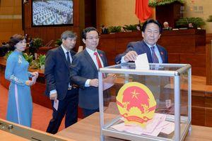 Quốc hội bỏ phiếu kín bầu Thủ tướng Chính phủ