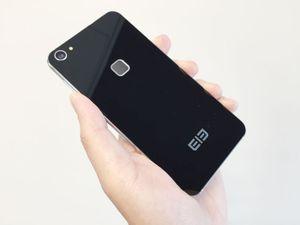5 smartphone bảo mật vân tay Trung Quốc giá 'rẻ như bèo'