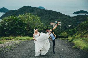 Ảnh cưới 'cười thả ga', tạo dáng hài hước của cặp 9X Sài Gòn