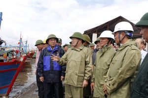 Phó Thủ tướng Trịnh Đình Dũng chỉ đạo ứng phó với bão số 1: Đảm bảo tuyệt đối an toàn tính mạng của người dân