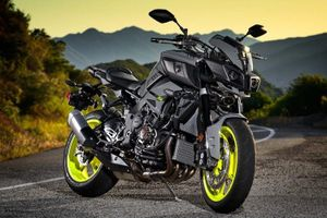 """""""Quái thú"""" Yamaha FZ-10 chốt giá 289 triệu tại Mỹ"""