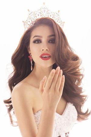 Hoa hậu Việt Nam 2016: Mặc mộc nhưng họ vẫn khiến các đại gia mê mẩn