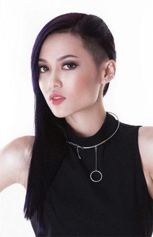 """Style """"dị dị"""" không thể rời mắt của LiLy MayMac phiên bản Việt"""